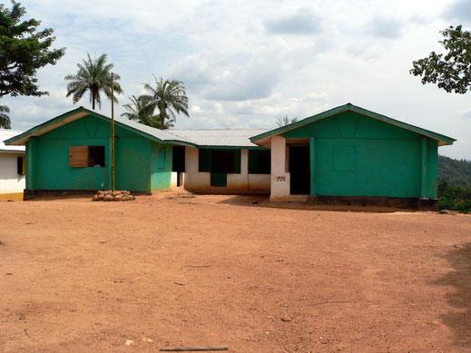 Blick auf die Schule in Konjorlloe