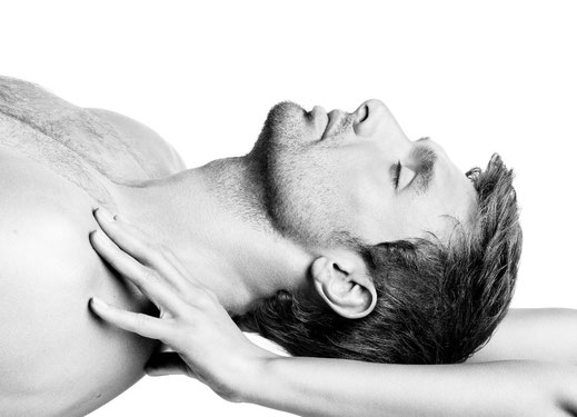 lemongrass Lenzburg, Kosmetik, Fusspflege, Manicure, Gesichtsbehandlungen, Kopf-, Schulter- und Nackenmassage für Herren