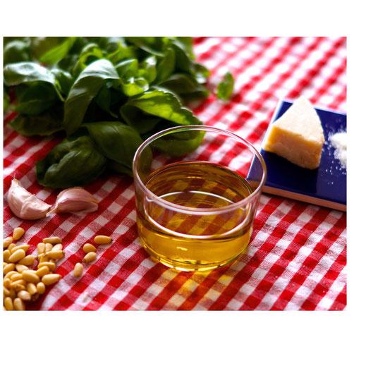 Natives Olivenöl extra verscheneken
