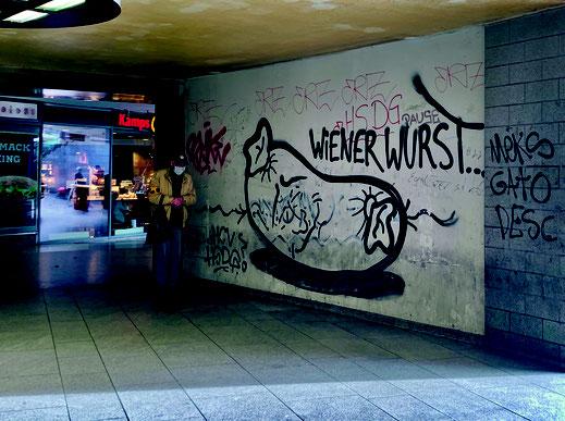 Der Wiener Platz ist nicht Wurst und benötigt die gleiche Aufmerksamkeit wie der Ebertplatz. Ein Imagewandel ist nötig.