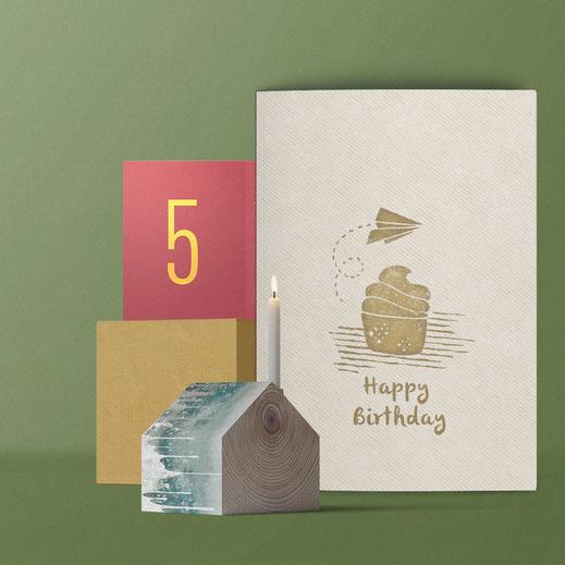 Geburtstagskarte ›Happy Birthday - Cupcake‹ von Lazy Day Paper