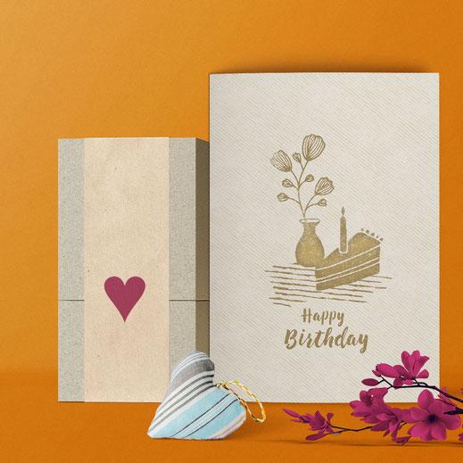 Geburtstagskarte ›Happy Birthday - Blume und Kuchen‹ von Lazy Day Paper