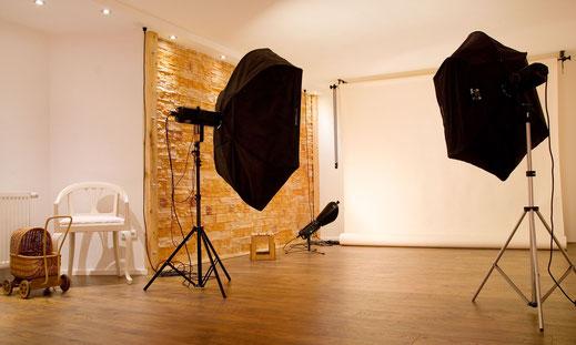 Fotostudio in Teltow mit Hintergründen und Studiobeleuchtung