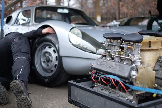 Autoreparatur inklusive Reifenwechsel