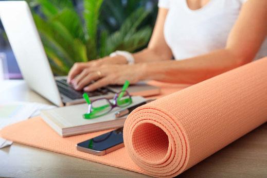 yoga lehrer ausbildung kosten, preis, wochenende seminar
