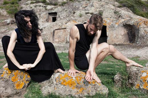 sardinia dance archeologia danza video fotografia danzatori sardegna