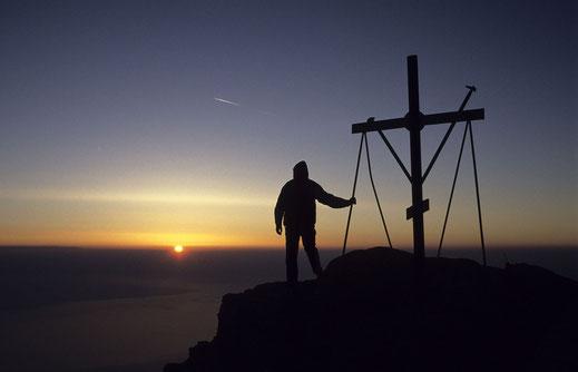 Der Herr ist mein Fels, meine Burg und mein Retter (2. Sam 22,2)