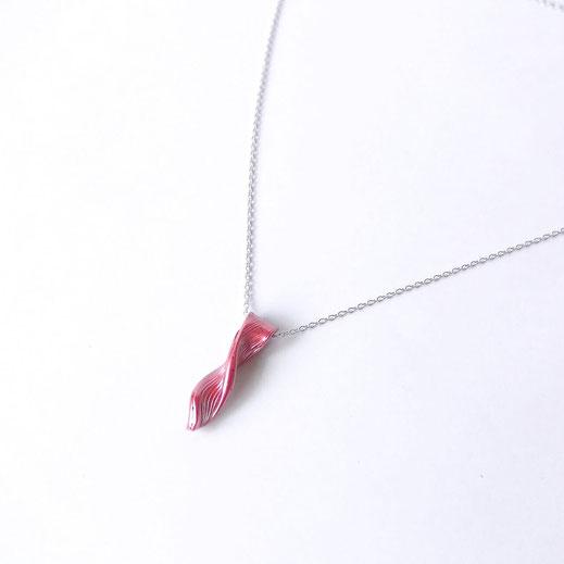 緋銅ネックレス
