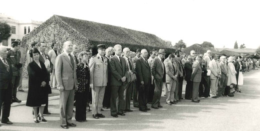 Journée portes ouvertes, juin 1976, à d. du COL SOUBRANE, Mick MICHEYL, marraine du régiment
