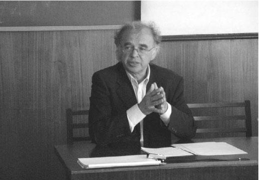 2004 год. Помощник генерального директора ЦЕРН (Женева) по связям с Россией и Восточной Европой Николас Кульберг