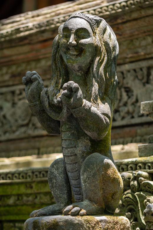 Statuen am Pura Dalem Agun Tempel