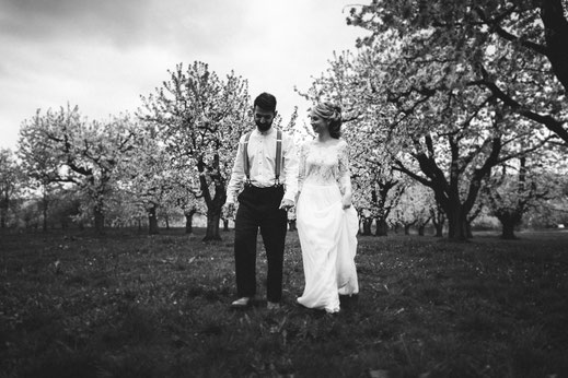ROVA FineArt Wedding Photography - conceptual wedding photography - Forchheim - cherry blossom