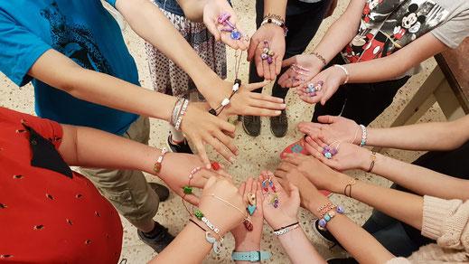 Schöne Anhänger aus Schrumpffolie von unserer Kinderschmuckgeburtstagsparty