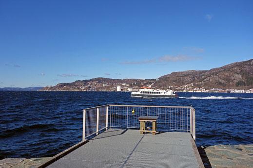 Fähren sind immer noch ein wichtiges Verkehrsmittel.