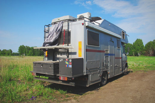 bigousteppes russie camion mercedes