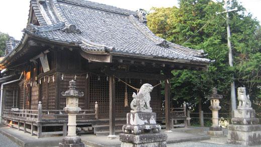 三島神社本殿の画像