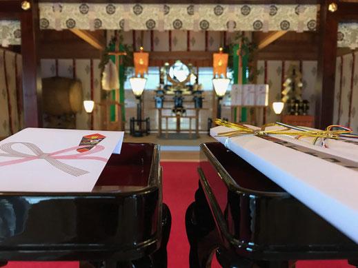 [人生儀礼の御祈願]  初宮詣や七五三、厄除、神前結婚式など人生節目の御祈願についてです