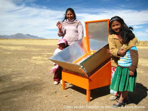Cuiseur solaire en Bolivie (© Florence de Maupeou & Laure Bruma)