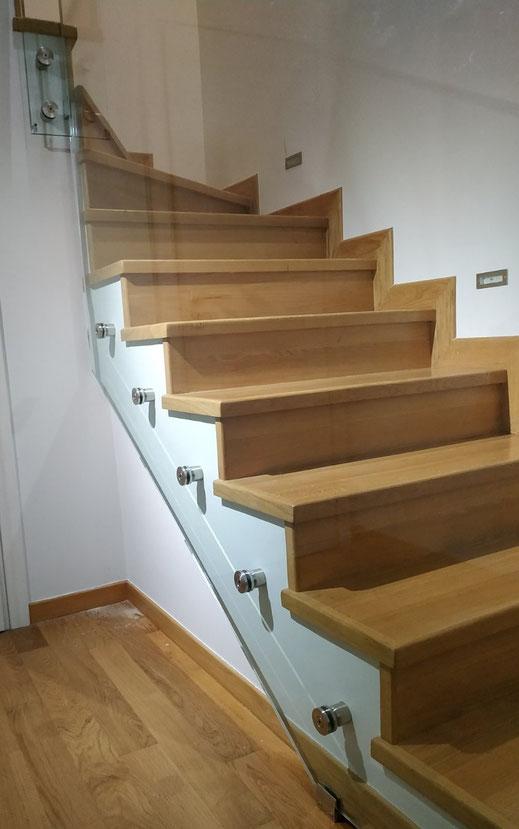 Γυάλινες σκάλες, γυάλινα κάγκελα σκάλας, τζάμι από γυαλί για σκάλα. γυάλινη σκάλα, αργυρούπολη-ελληνικό,καλλιθέα-τερψιθέα-άγιος δημήτριος-άλιμος-ηλιούπολη τζάμια κρύαταλλα