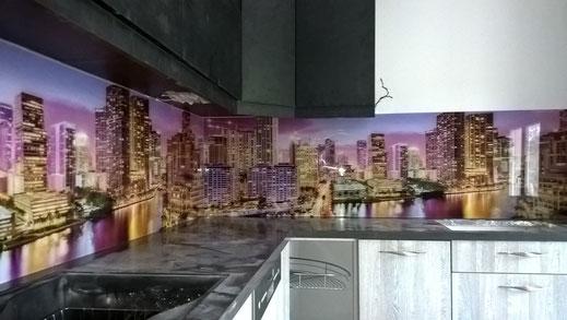 Ψηφιακή εκτύπωση σε τζάμι-γυαλί. Ψηφιακή εκτύπωση σε πλάτη κουζίνας και σε κάθε χώρο σπιτιού-γραφείου-δωματίου