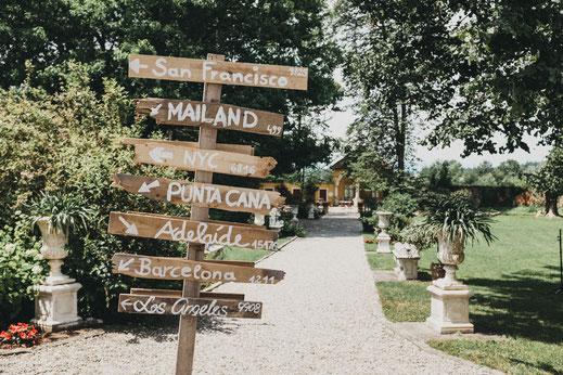 Sie brauchen Unterstützung bei der Suche nach einer geeigneten Location für Ihre Hochzeit?