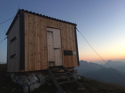 Übernachtung im Biwak, 1350 m Sandy P.Peng Blog