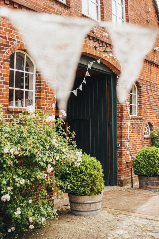 Eingang zum Festsaal vom Restaurant Windmüller im Alten Land