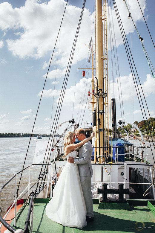 Paarfotos Hochzeit Schiff Hamburg Hochzeitsfotograf