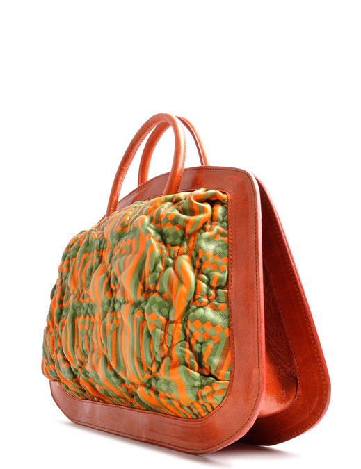 OSTWALD Bags . BUBLE . Tote bag . Icon Bag.  leather bag . Molded leather in green and orange. Shop online . Statement Bag .  Webshop