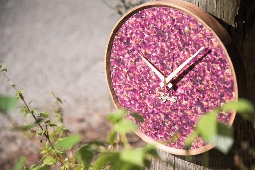 moderne Holz Wanduhr massiv Rosenblüten geräuschlos