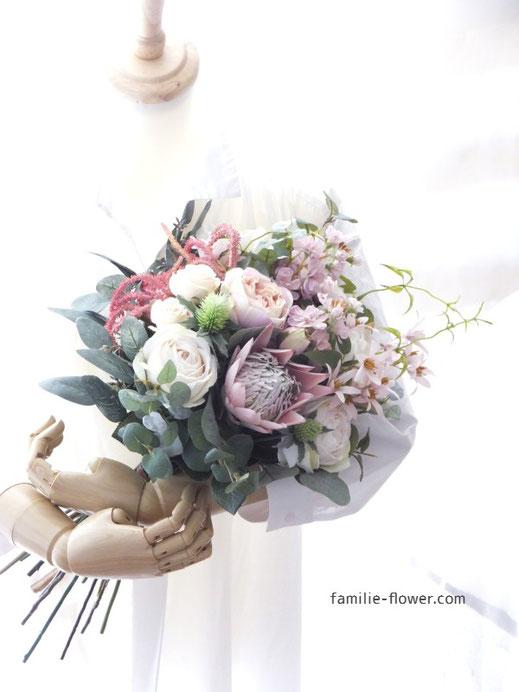 ピンクプロテアのナチュラル造花ブーケ《通販23,000円》