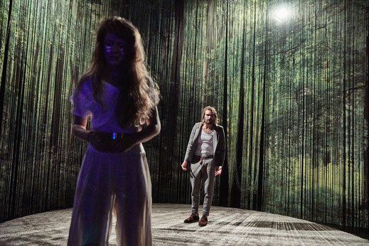 RAUSHAUEN //Theater Gütersloh  2017 //mit Fabian Baumgarten // Foto: Kai Uwe Oesterhelweg