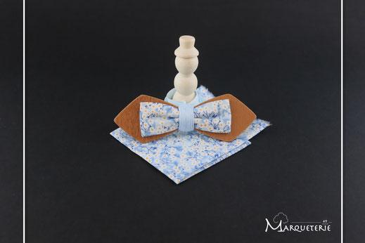Noeud pap en bois, noeud papillon insolite, noeud papillon tissu bleu marine, accessoire marié, accessoire réveillon, accessoire homme insolite