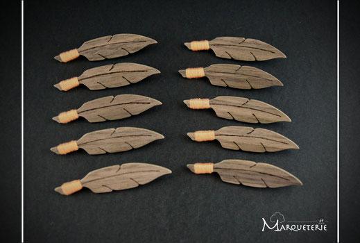 10 broches bois noyer feuille et fil orange pour les femmes