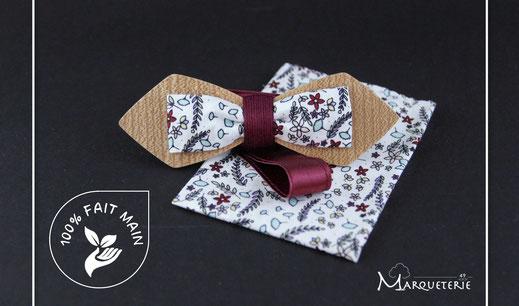 Noeud-pap-bois-tissu-liberty-col-cassé-tour-de-cou-satin-bleu-marine