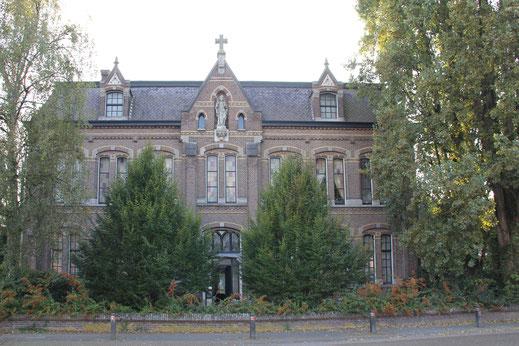 Fratershuis Willibrordusgesticht Visser 25 Deurne rijksmonument