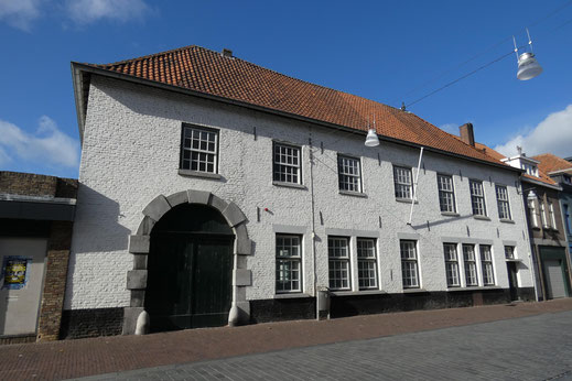 Dominicanessenklooster, infirmeriekazerne en seminarie, Veldstraat 3 Roermond Rijksmonument