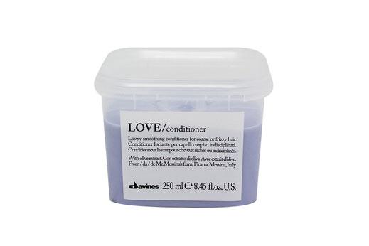 Davines LOVE/ SMOOTHING CONDITIONER  beruhigend krauses widerspenstiges Haar