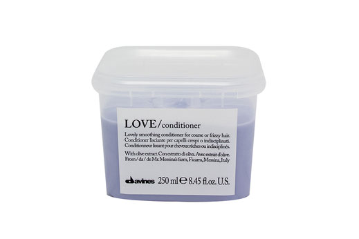 Davines LOVE/ SMOOTHING CONDITIONER  beruhigend krauses widerspenstiges Haar