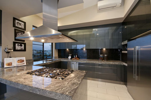 Private kitchen, polished