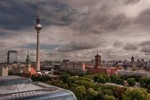 Berlin, Hochzeitsfotograf aus Berlin, Hochzeitsfotos in Berlin, Hauptstadt Fotograf, Zerina Kaps