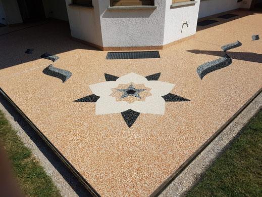 Natursteinteppich Terrasse