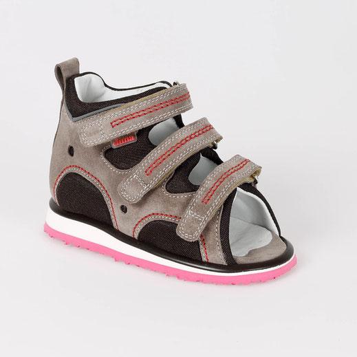 Eine schicke Sandale, luftig, bietet guten Halt