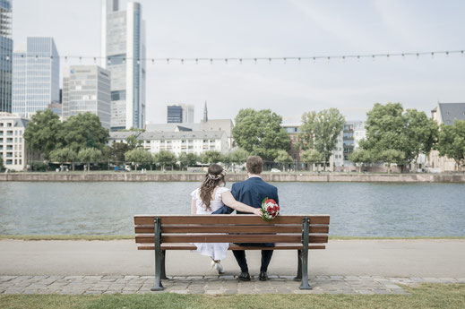 Hochzeitsreportage von Regina und Matthias in Frankfurt am Main und anschließendem Brautpaar-Shooting