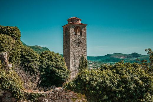 Der Turm Wachturm von Stari Bar Sehenswürdigkeit in Montenegro