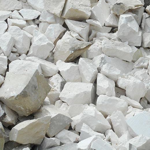 chutes de pierre à recycler