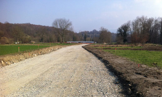 Réalisation e chantiers de terrassement - chaussée - terrassement, voiries et réseaux