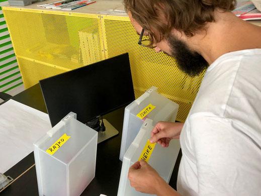 Unterschied & Macher | Unser Sitzplatzkonzept im kreativen Großraumbüro