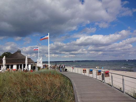 Scharbeutz, neue Promenade über den Dünen. Foto: Hermann Junghans