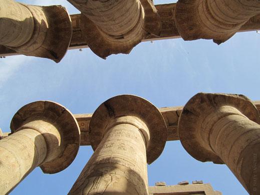 Karnak; sala hipóstila; templo; Amón; Reino Nuevo; columnas egipcias;